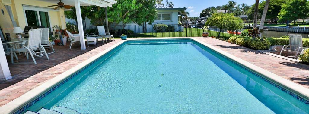 Salt Water Pool Conversions in Palm Beach