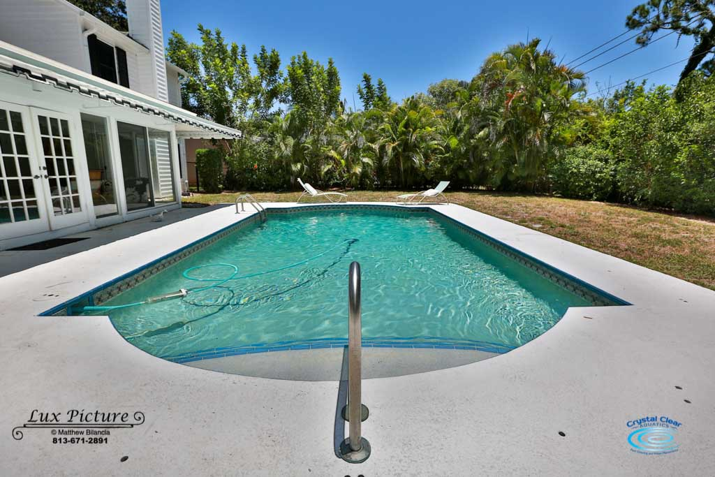 Crystal Clear Aquatics Pool & Spa Services